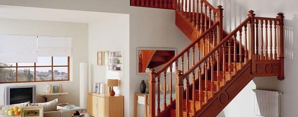 Houten balustrades in iedere prijsklasse stair care de for Balustrade trap